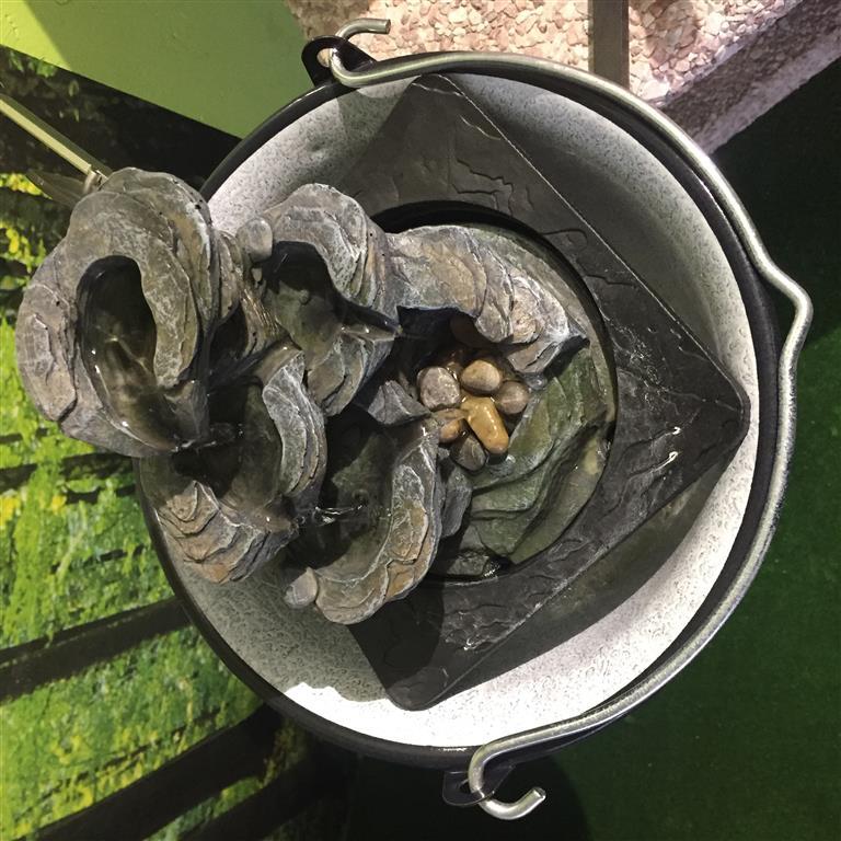fontana-kameny